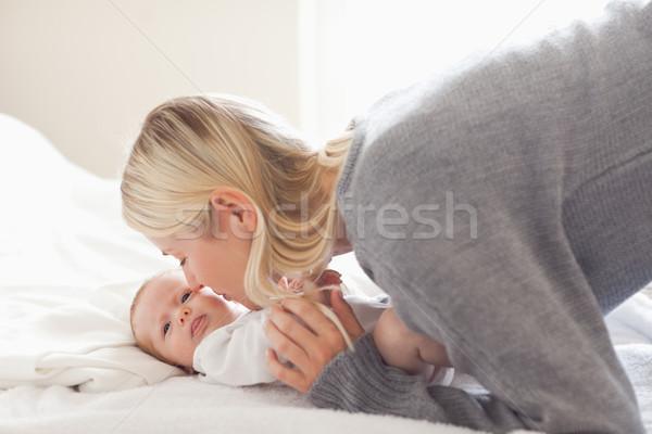 Stockfoto: Jonge · moeder · knuffelen · baby · familie · liefde