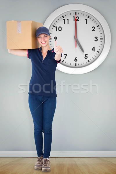 Imagen feliz entrega mujer Foto stock © wavebreak_media