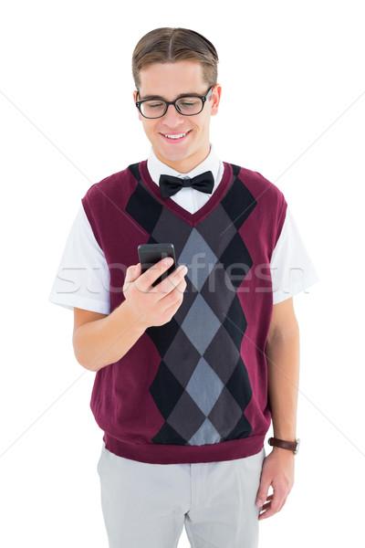 Hipszter küldés szöveg fehér mosolyog férfi Stock fotó © wavebreak_media