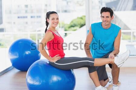 Личный тренер рабочих клиент осуществлять мяча спортзал Сток-фото © wavebreak_media