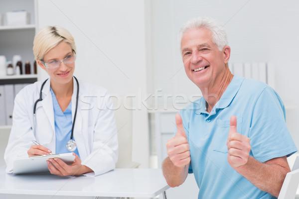 Altos paciente médico clínica Foto stock © wavebreak_media
