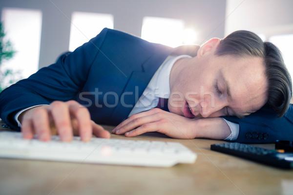 исчерпанный бизнесмен спальный столе служба человека Сток-фото © wavebreak_media