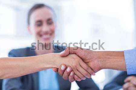 Zakenlieden handen schudden vergadering kantoor vrouw man Stockfoto © wavebreak_media