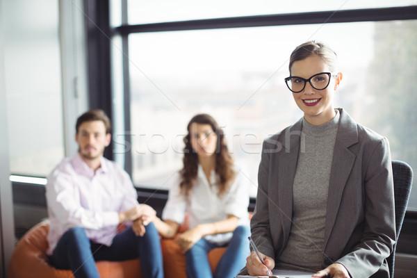 Portret uśmiechnięty małżeństwa doradca para kobieta Zdjęcia stock © wavebreak_media
