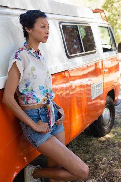 Mulher tem parque mulher jovem Foto stock © wavebreak_media