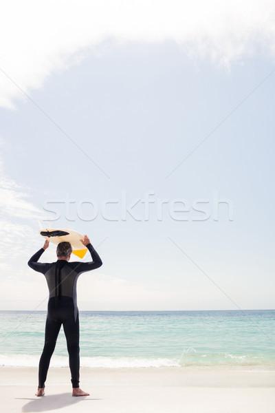 Senior homem prancha de surfe cabeça Foto stock © wavebreak_media