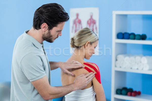 Szalag női beteg klinika nő férfi Stock fotó © wavebreak_media