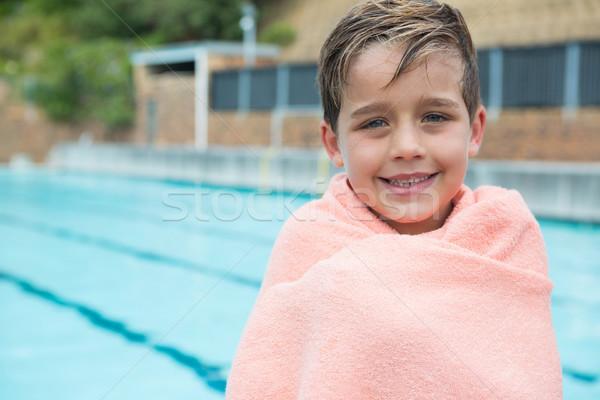 Handtuch stehen Sport Pool Junge Stock foto © wavebreak_media