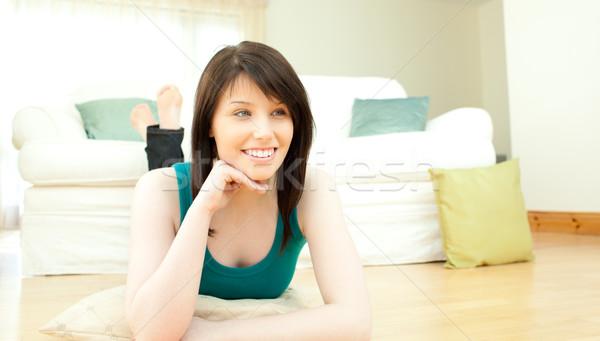 Stock fotó: Fiatal · nő · fekszik · padló · otthon · pihen · tini