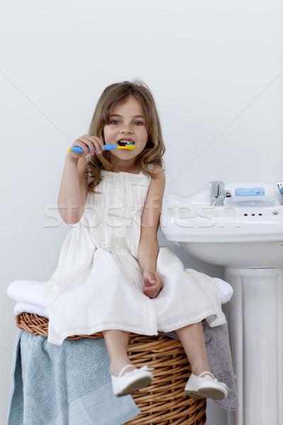 Dochter schoonmaken tanden badkamer mooie vrouw Stockfoto © wavebreak_media