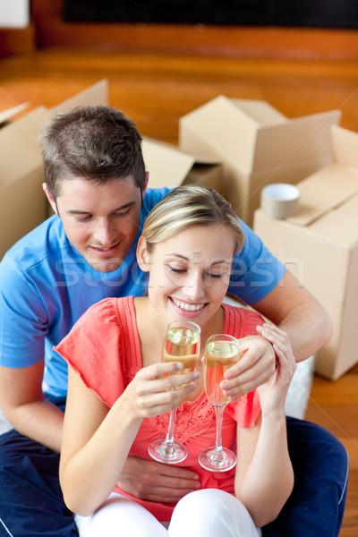 Vieren verwijdering champagne vergadering vloer Stockfoto © wavebreak_media