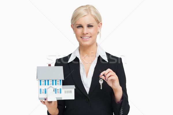 Femme d'affaires costume modèle maison blanche Photo stock © wavebreak_media