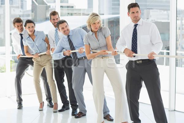 グループ ビジネスの方々  ロープ オフィス ストックフォト © wavebreak_media