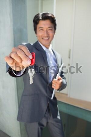 笑みを浮かべて セールスマン 顧客 車のキー 新しい車 ストックフォト © wavebreak_media
