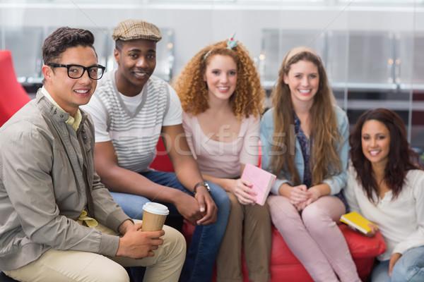 моде студентов улыбаясь камеры вместе колледжей Сток-фото © wavebreak_media