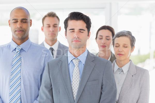 Equipo de negocios relajante oficina mujer gente de negocios Foto stock © wavebreak_media