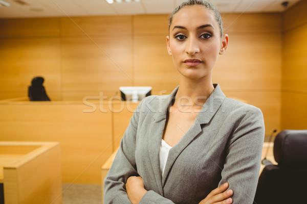 адвокат глядя камеры оружия суд комнату Сток-фото © wavebreak_media