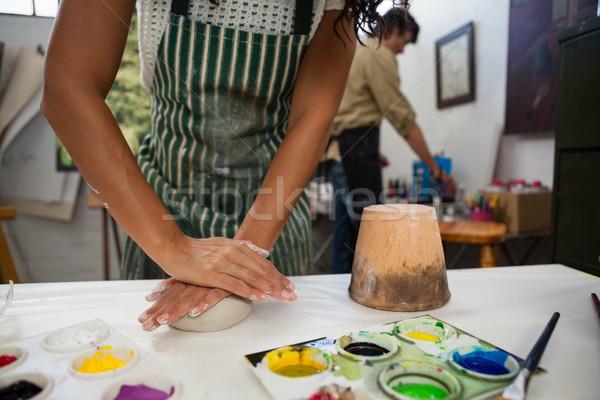 Femme argile dessin classe homme Photo stock © wavebreak_media