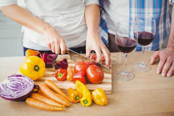 Kép nő vág paradicsomok férj konyha Stock fotó © wavebreak_media