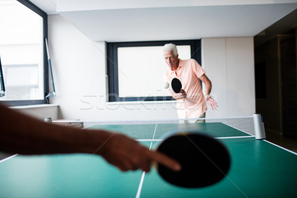 Senior spelen ping pong pensioen huis vrouw Stockfoto © wavebreak_media