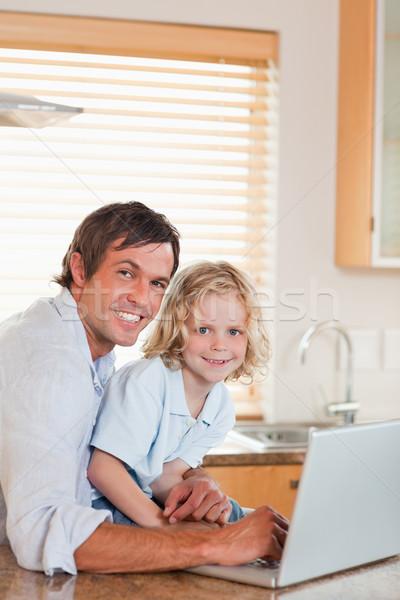 Portre erkek baba defter birlikte mutfak Stok fotoğraf © wavebreak_media