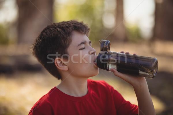 Fiú ivóvíz edzés akadályfutás csizma tábor Stock fotó © wavebreak_media
