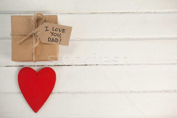 Piros szív ajándék doboz fából készült palánk közelkép Stock fotó © wavebreak_media