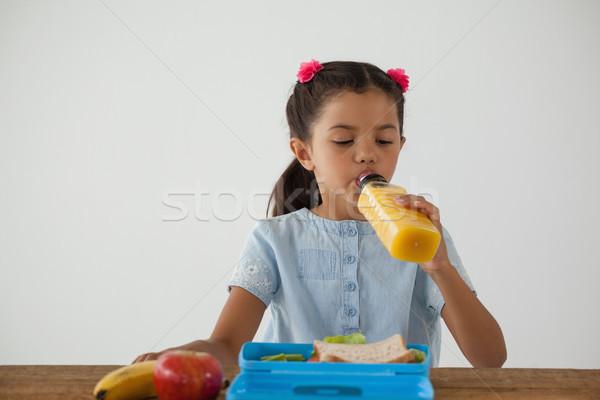 écolière déjeuner blanche adorable enfant pomme Photo stock © wavebreak_media