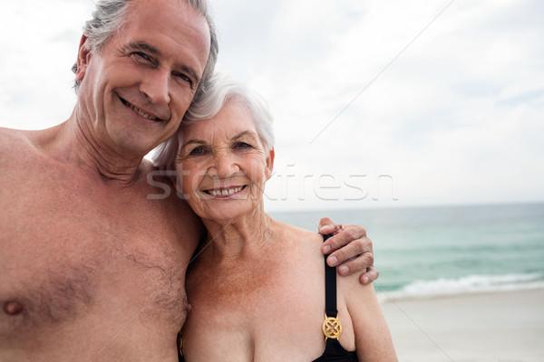 Feliz pareja de ancianos playa retrato Foto stock © wavebreak_media
