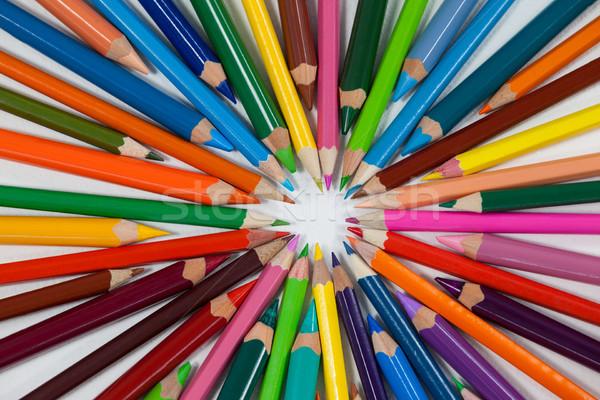 Crayons cercle blanche design Photo stock © wavebreak_media