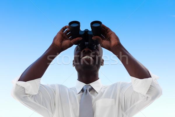 Işadamı bakıyor dürbün adam gözlük takım elbise Stok fotoğraf © wavebreak_media