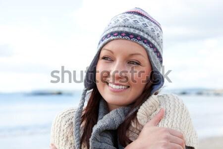 Stock fotó: Vonzó · fiatal · nő · hideg · visel · kalap · modell