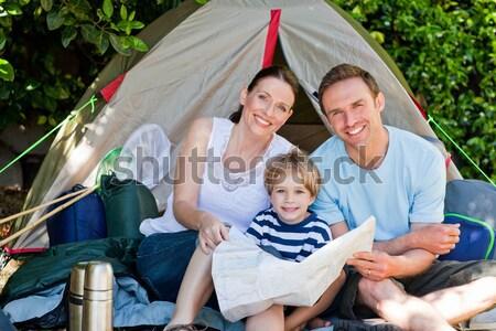 Imádnivaló család kempingezés kert lány természet Stock fotó © wavebreak_media