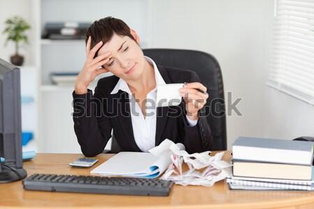 Portré női könyvelő iroda nő papír Stock fotó © wavebreak_media