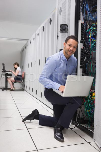 Iki kişi dizüstü bilgisayarlar bilgisayar çalışmak ağ Stok fotoğraf © wavebreak_media