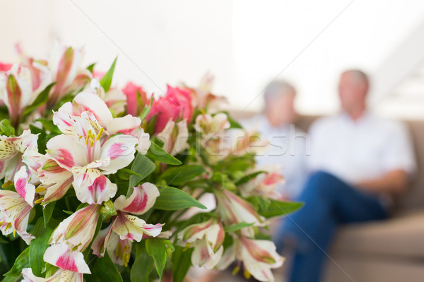 Boeket roze rozen lelies home woonkamer Stockfoto © wavebreak_media
