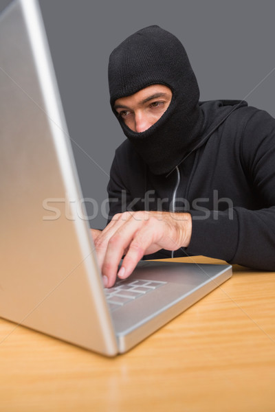Hacker met behulp van laptop identiteit witte man laptop Stockfoto © wavebreak_media