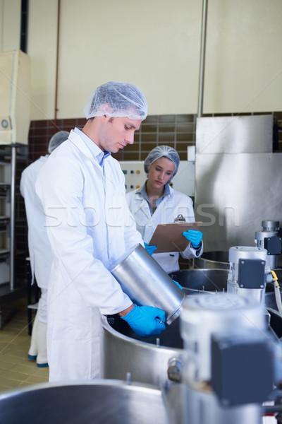 химик команда девушки Дать завода Сток-фото © wavebreak_media