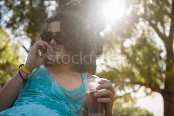 Człowiek palenia papierosów parku pijany piwa Zdjęcia stock © wavebreak_media