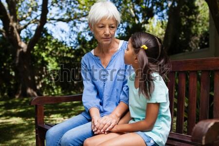Orvos vérnyomás nő park női vér Stock fotó © wavebreak_media