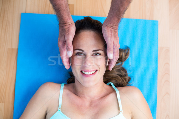 Portret glimlachend zwangere vrouw reiki behandeling Stockfoto © wavebreak_media