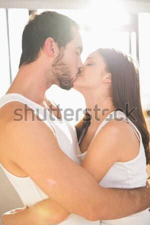 Heureux couple test de grossesse maison femme technologie Photo stock © wavebreak_media