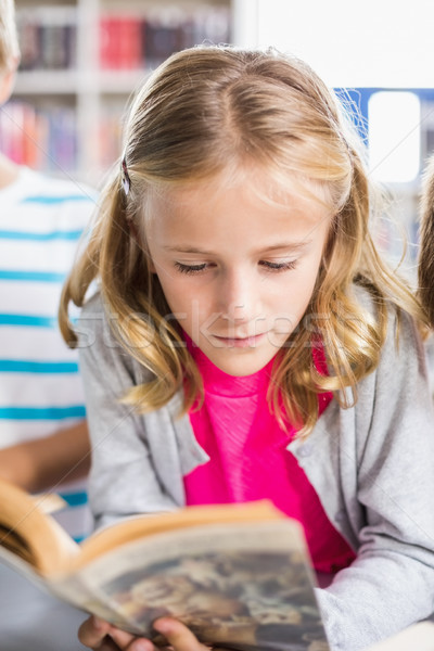 Schülerin Lesung Buch Bibliothek Schule Mädchen Stock foto © wavebreak_media