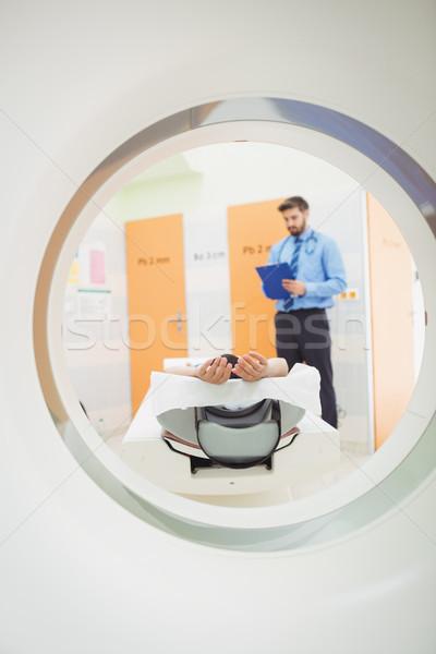 Doktor grafik hasta mri taramak hastane Stok fotoğraf © wavebreak_media