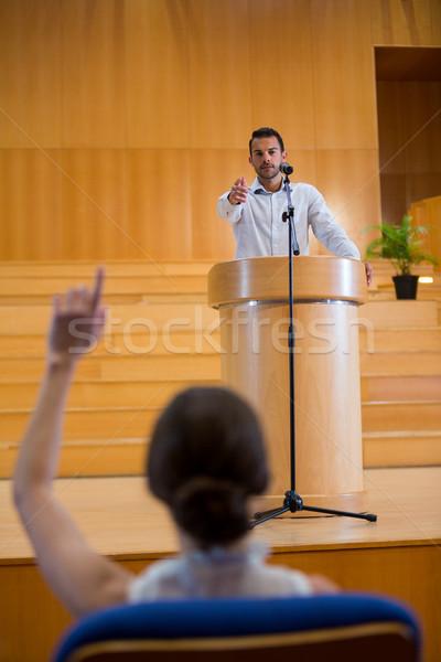 бизнеса исполнительного указывая аудитории продовольствие человека Сток-фото © wavebreak_media