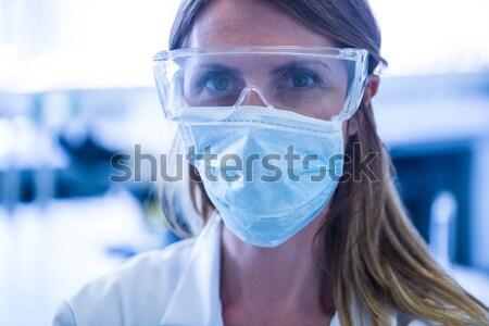 Védett tudós folyadék kémcső steril laboratórium Stock fotó © wavebreak_media