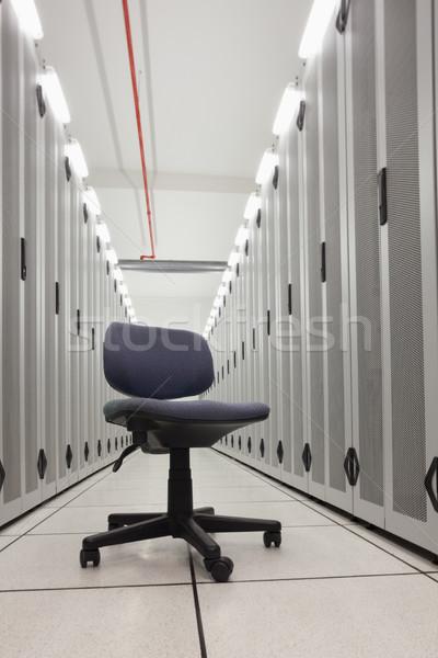 Krzesło pusty rząd serwerów data center informacji Zdjęcia stock © wavebreak_media