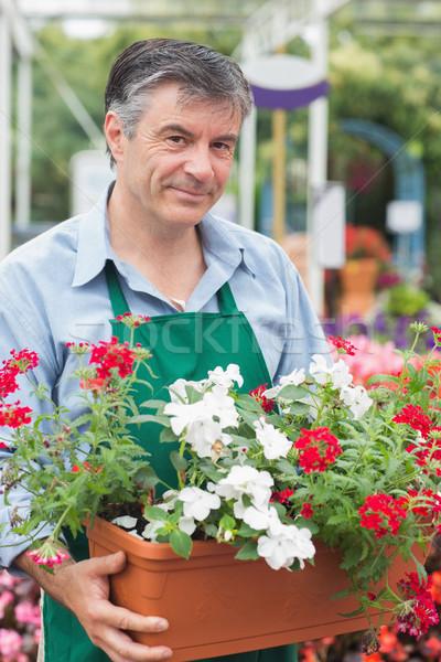 Groot bloempot tuin centrum werknemer Stockfoto © wavebreak_media