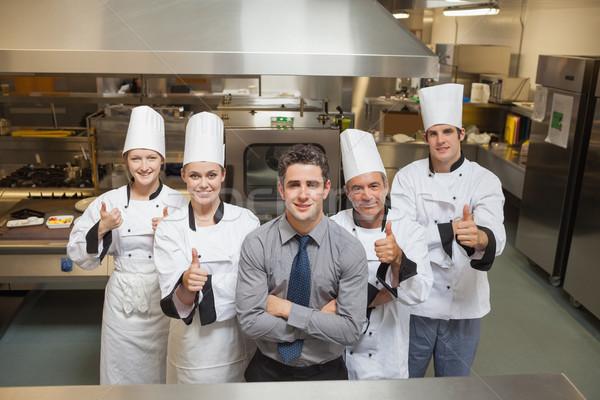 öt munkások séfek remek boldog étterem Stock fotó © wavebreak_media