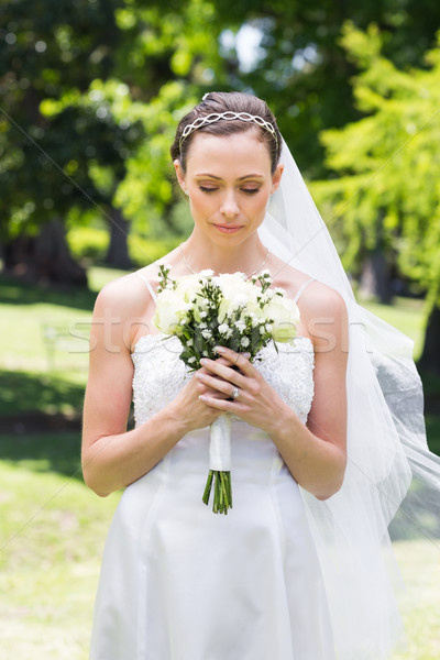 невеста букет саду молодые женщину Сток-фото © wavebreak_media